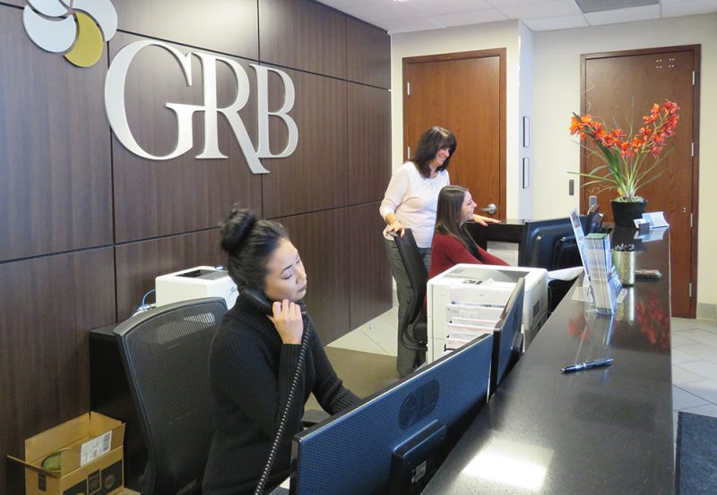 GRB Winton bank Lobby no teller line